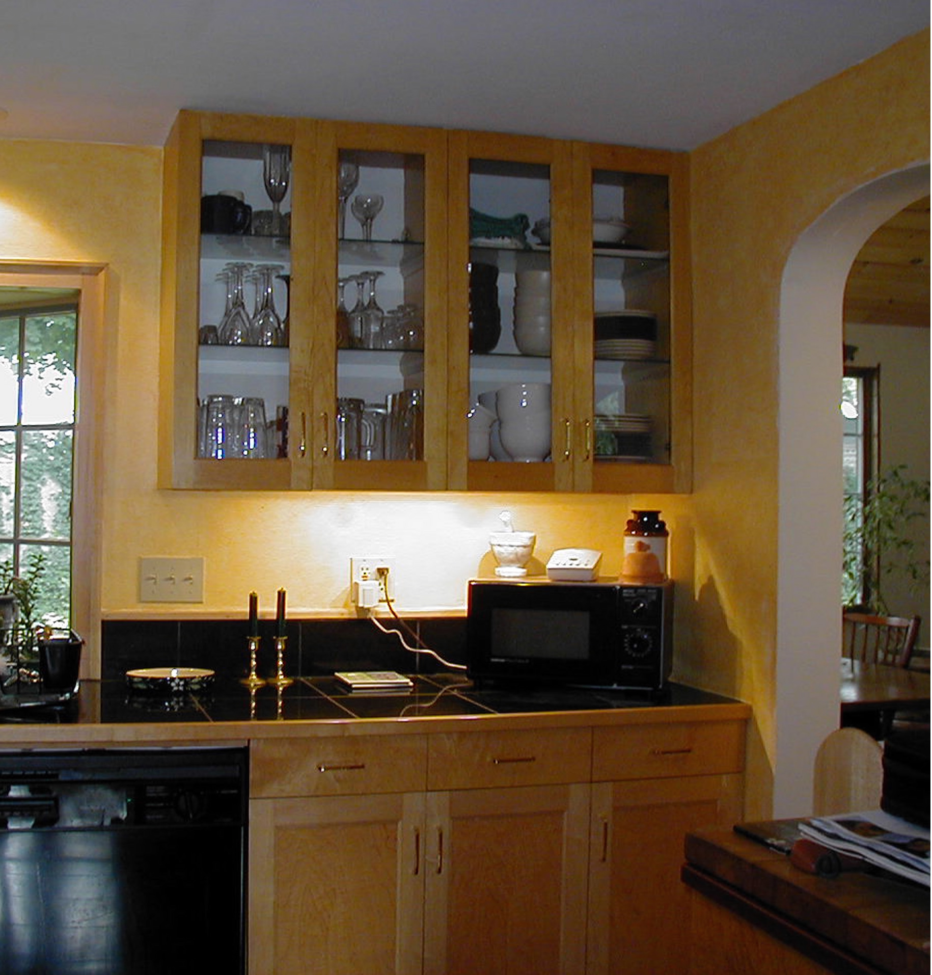 Kitchen cabinets white with glass doors cabinet doors for Black friday deals on kitchen cabinets